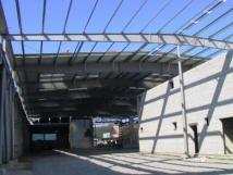 Больше ЛМК в России www.steelbuildings.ru Это металлическое здание построено с примением балок переменного cечения производства ASTRON Buildings: