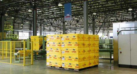 Больше ЛМК в России www.steelbuildings.ru Новый завод URSA: монолитная колонна и уголковая ферма: