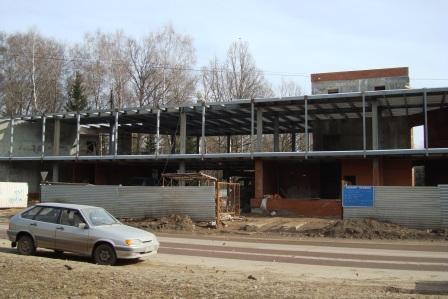 Больше ЛМК в России www.steelbuildings.ru Очередная стройка из ЛМК в Обнинске, очередной самострой: