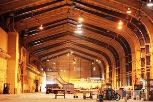 Больше ЛМК в России www.steelbuildings.ru АВАТАР-1 снимали в этом ангаре на основе стальной балки, он был построен в 40-х гг. 20 века: АВАТАР-2 будут снимать в этом ангаре: