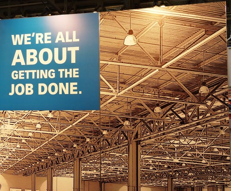 Больше ЛМК в России www.steelbuildings.ru Больше ЛМК в России www.steelbuildings.ru Кейс 2 На нижнем фото - фото ЛМК на обложке буклета Компании АСТРА-ТЕХНО, на двух верхних фото - ЛМК как часть оформления стенда Компаний-участниц выставки СТТ-2013. Эти фото ЛМК - с последней выставки СТТ, она состоялась в начале июня в КРОКУС-ЭКСПО, узнаваемые фермы, не правда ли?  Эти фото ЛМК - с последней выставки СТТ, она состоялась в начале июня в КРОКУС-ЭКСПО, узнаваемые фермы, не правда ли?