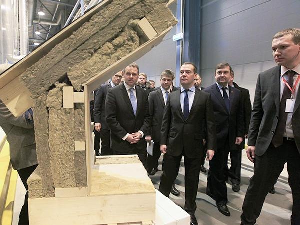 Больше ЛМК в России www.steelbuildings.ru Вот и PAROC стал российским. Тверским.