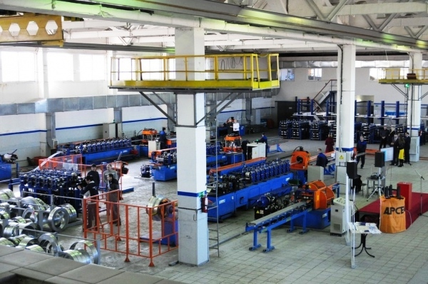 Больше ЛМК в России www.steelbuildings.ru Блог Дмитрия Кропивницкого DK Интересный эффект дают наши МК в Украине - вот, например, Frisomat c Арсенал-СТ запустили под Смоленском совместное производство ЛСТК.