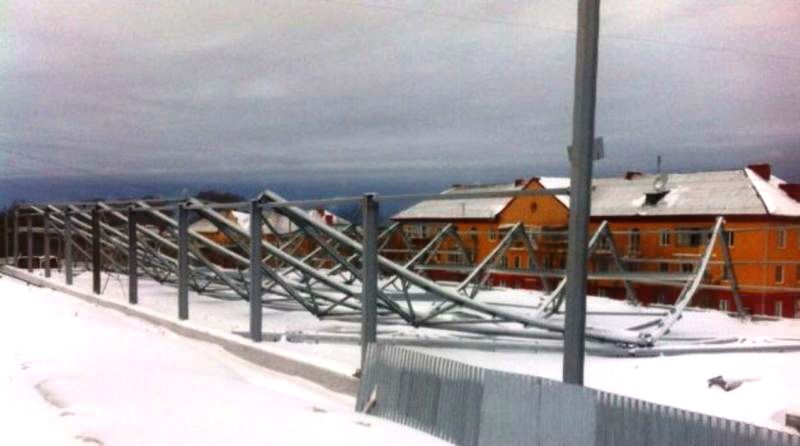 Больше ЛМК в России www.steelbuildings.ru Это первое турецкое стальное здание, рухнувшее в России.