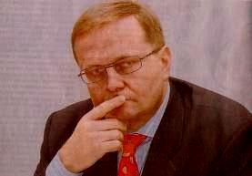 Больше ЛМК в России www.SteelbuildingS.ru Фото РБК-daily. Г-на Матти Виккула, RUUKKI Group, поздравляем с Днём Рождения!