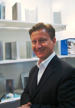 Больше ЛМК в России www.steelbuildings.ru Бызова Андрея Владимировича поздравляем с Днём Рождения!