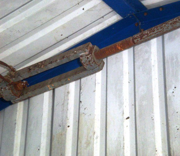 Больше ЛМК в России www.steelbuildings.ru Кто построил такой коровник: < 21METPA.