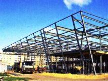 Больше ЛМК в России www.steelbuildings.ru Использовано фото монтажа металлического здания для автосалона MAZDA Компании Рольф.