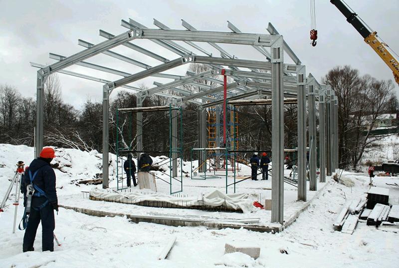 Больше ЛМК в России www.steelbuildings.ru Каркасы ФризоМат «Цептра» (20,0 х 50,0 х 7,0 м), «Астра» (20,0 х 32,0 х 7,0 м) и «Астригма» (10,0 х 22,0 х 6,4 м) теперь можно увидеть в ПодМоскововье.