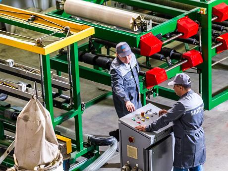 Больше ЛМК в России www.steelbuildings.ru SandWel - это новая марка сэндвич-панелей из Набережных Челнов.