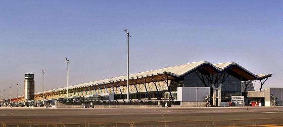 Больше ЛМК в России www.steelbuildings.ru Продолжая тему отпусков и аэропортов из ЛМК. Аэропорт Барахас в Мадриде - эротическая балочка как лицо нации: