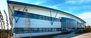 Больше ЛМК в России www.steelbuildings.ru Строительное Объединение МЕДВЕДЬ Мы осуществляем поставку и монтаж полнокомплектных зданий из Лёгких Металлических Конструкций (ЛМК) промышленного и коммерческого назначения.