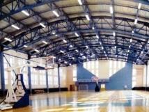 Больше ЛМК в России www.steelbuildings.ru Это металлическое здание в Самаре построено с применением сэндвич-панелей. Назначение: Учебный корпус физвоспитания и спорта СамГТУ.