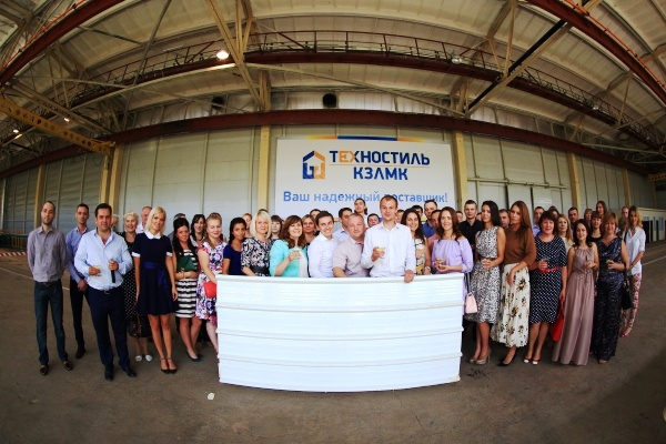 Больше ЛМК в России www.steelbuildings.ru На Киреевском ЗМК - задержки зарплаты.