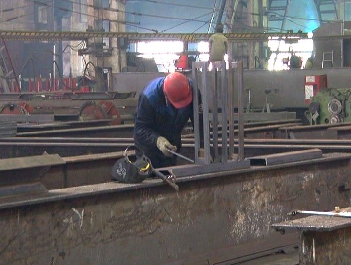 Больше ЛМК в России www.steelbuildings.ru Назаровский ЗМК примет участие в строительстве дорожной развязки в КрасноЯрске.
