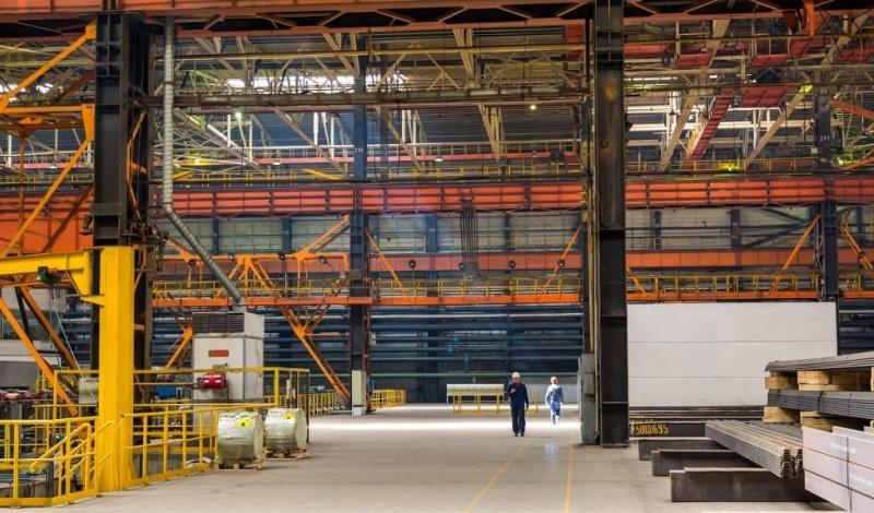 Больше ЛМК в России www.steelbuildings.ru МЕЧЕЛу нужно экспортировать балку.