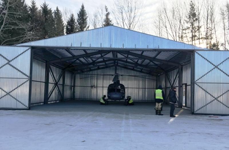 Больше ЛМК в России www.steelbuildings.ru Строительство ангара на основе стального каркаса для базирования вертолёта санитарной авиации завершилось в приморском посёлке Кавалерово.