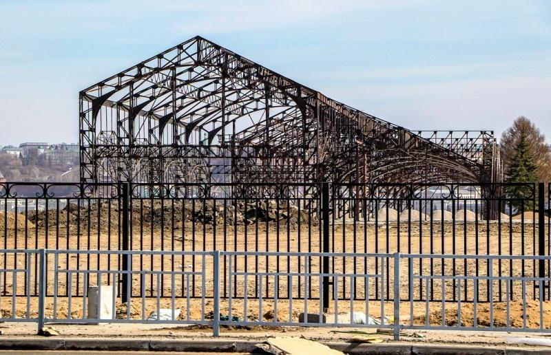 Больше ЛМК в России www.steelbuildings.ru Доступ к историческим пакгаузам на Стрелке в Нижнем Новгороде временно закрыли.