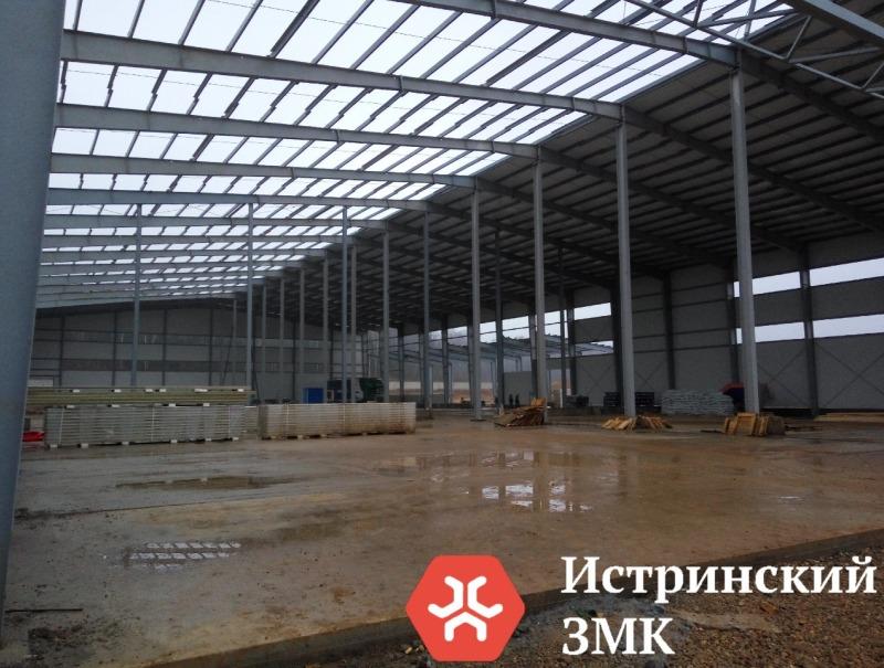 Больше ЛМК в России www.steelbuildings.ru Стальных зданий на основе балки переменного сечения становится в России всё Больше.