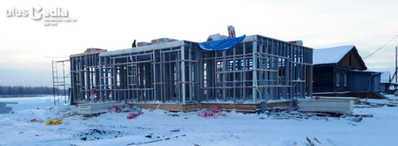 Больше ЛМК в России www.steelbuildings.ru В Якутии строят ФАПы. Не только из ЛСТК.
