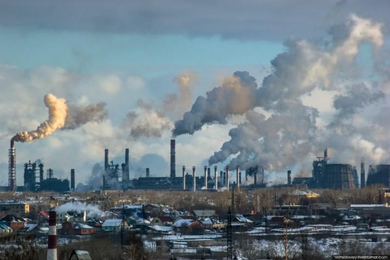 Больше ЛМК в России www.steelbuildings.ru Челябинский Завод МеталлоКонструкций МеталлИнвест накажут за загрязнение воздуха без разрешения.