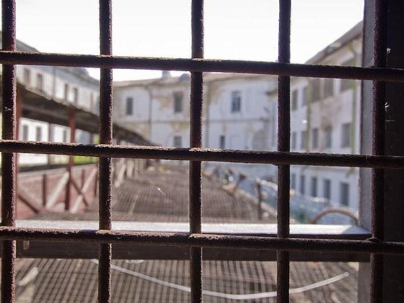 Больше ЛМК в России www.steelbuildings.ru В Грузии чиновники могут серьёзно пострадать из-за ЛСТК.