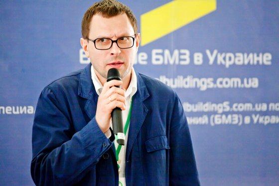 Больше ЛМК в России www.steelbuildings.ru Дмитрий Кропивницкий (DK) Больше БМЗ в Киеве